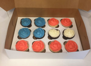 red,-white-&-blue-cupcakes