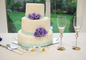 cake with wine glasses